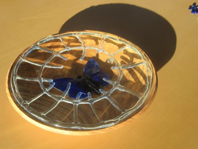 Glazen met hout schaal dmv glasfusing fusion gemaakt